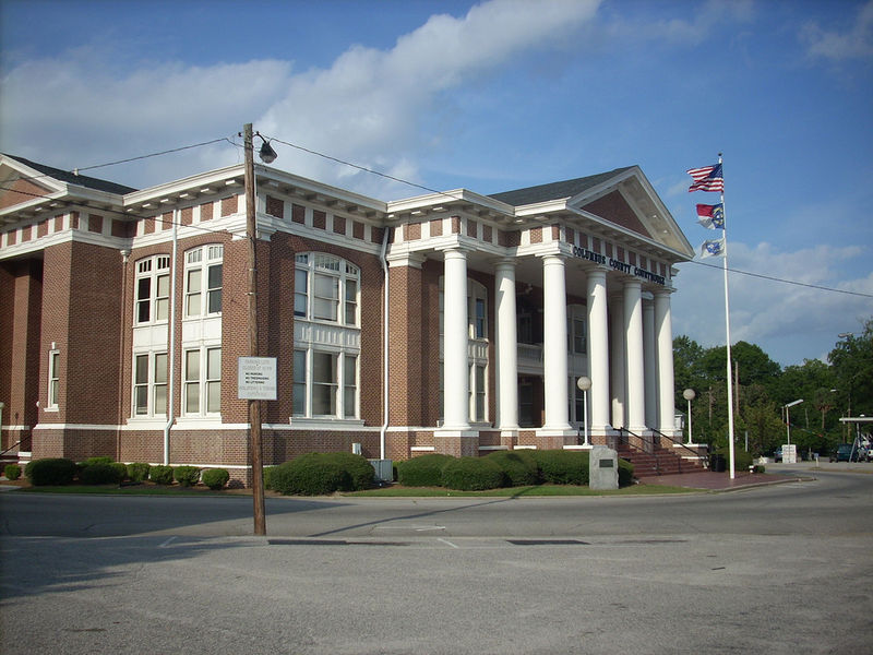 800px-Columbus_County,_NC_Courthouse