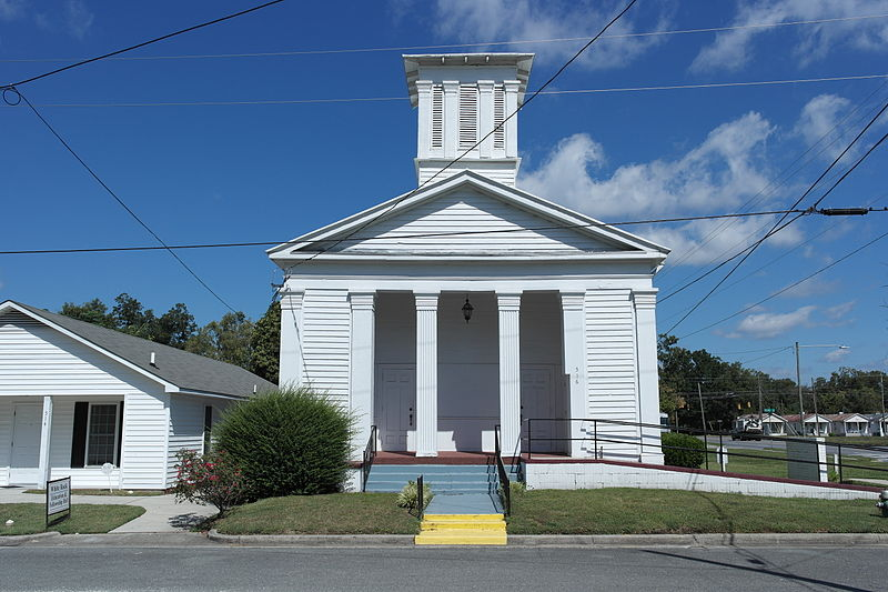 800px-Kinston_Baptist-White_Rock_Presbyterian_Church