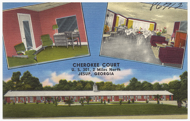 Cherokee_Court,_U._S._301,_2_miles_north,_Jesup,_Georgia_(8367052473)