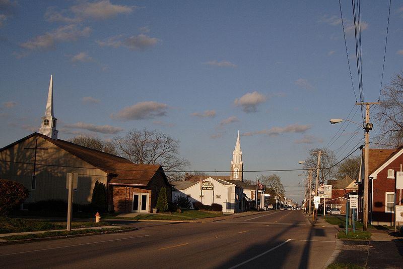 800px-Main_Street,_Mascoutah,_Illinois