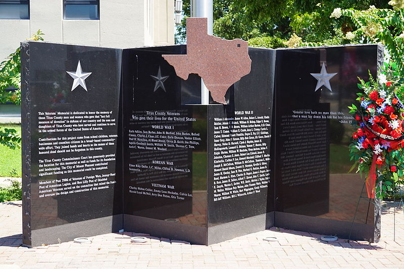 Mount_Pleasant_August_2015_2_(Titus_County_Veterans'_Memorial)