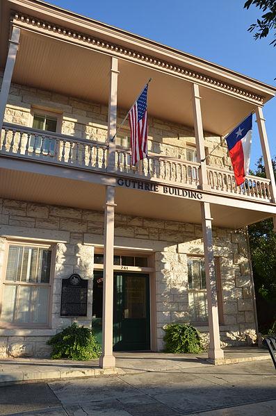 Guthrie_Building,_Kerrville_Texas