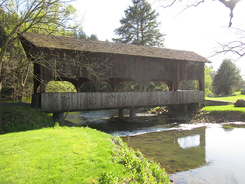 Harpster_Covered_Bridge_-_Pennsylvania_(7070367181)
