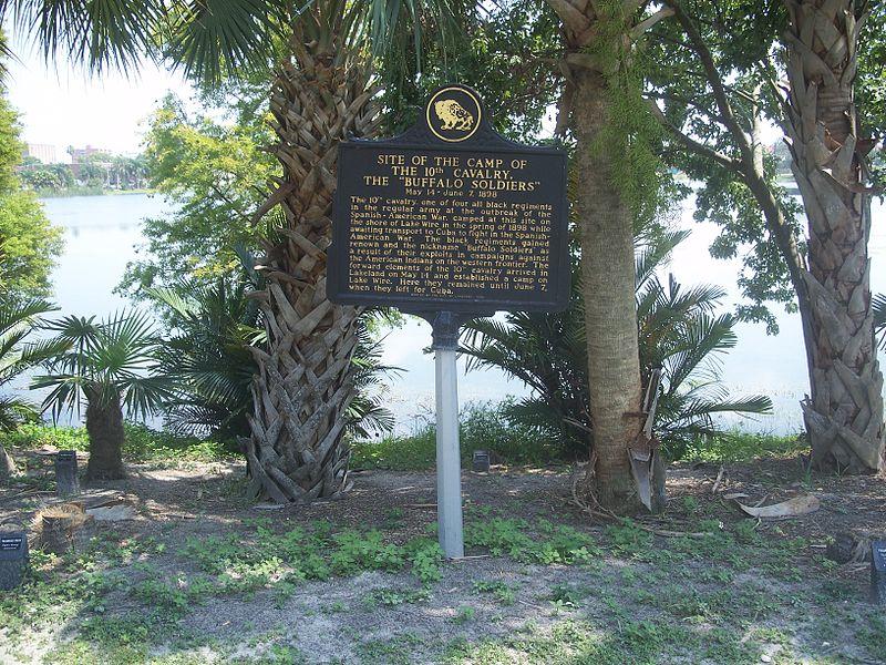 800px-Lakeland_FL_Buffalo_Soldiers_marker01