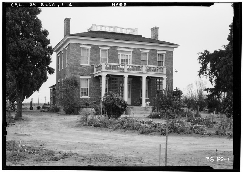 Historic_American_Buildings_Survey_Roger_Sturtevant,_Photographer_Jan._17,_1934_FRONT_ELEVATION_(SOUTH)_-_Jones_House,_Escalon,_San_Joaquin_County,_CA_HABS_CAL,39-ESCA,1-2.tif