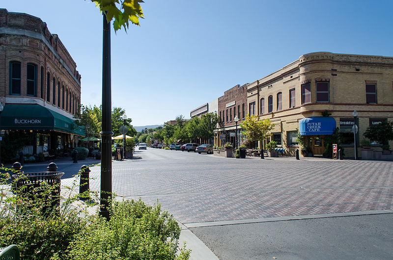 800px-Main_Street_Historic_District_-_Winters,_CA