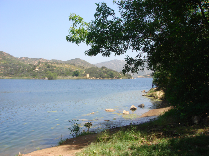 Dixon_Lake