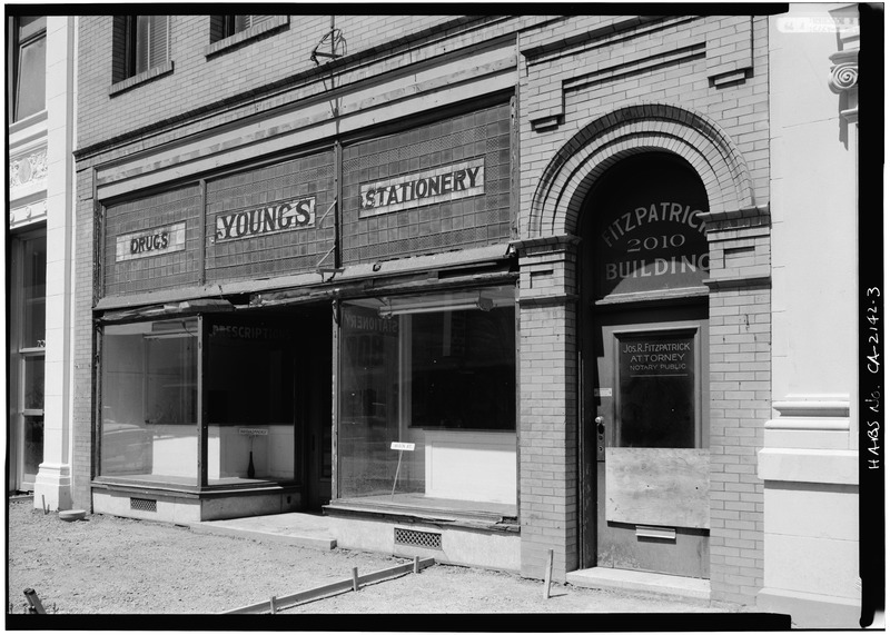 SOUTH_FRONT_FROM_SOUTHEAST,_FIRST_LEVEL_-_Fitzpatrick_Building,_2010_Broadway,_Redwood_City,_San_Mateo_County,_CA_HABS_CAL,41-REDWO,3-3.tif