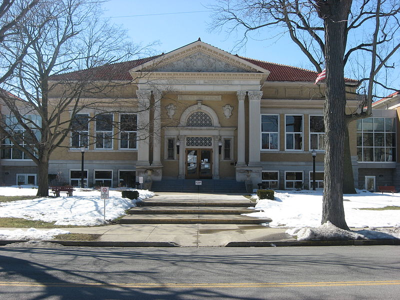 800px-Greenville_Carnegie_Library