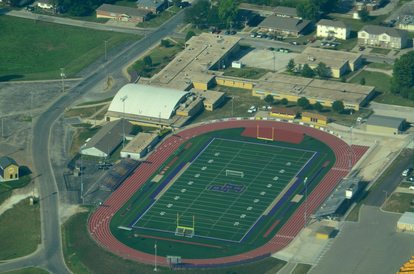 Pleasant_Hill_High_School_Stadium_-_Pleasant_Hill,_Missouri_08-31-2013