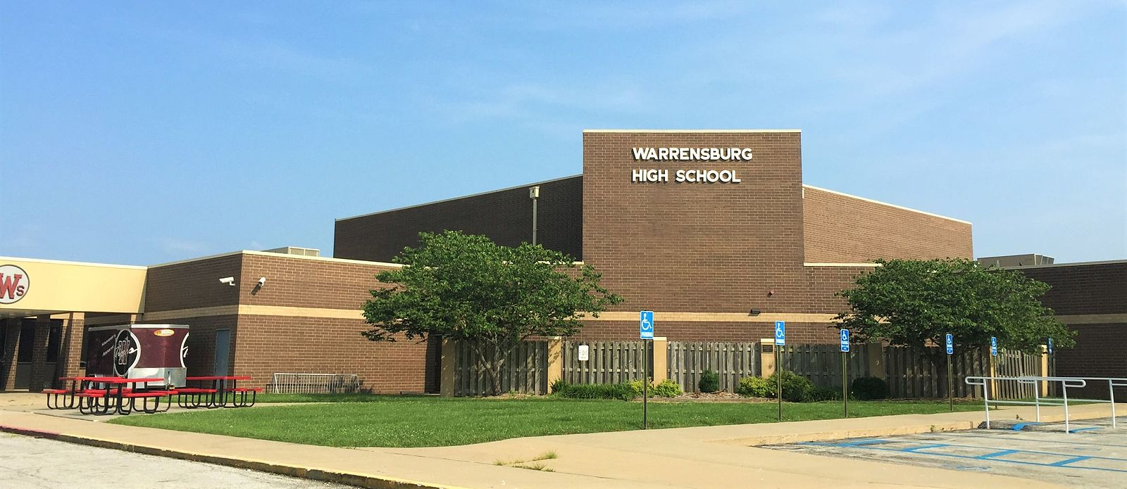 Warrensburg_High_School_1