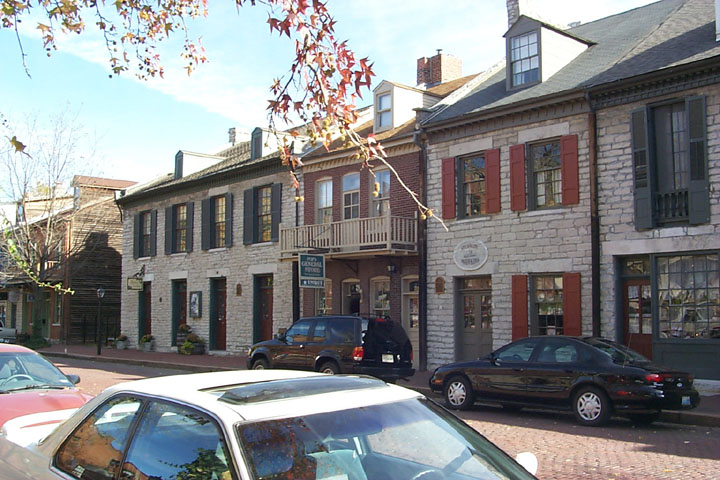 Historic_Saint_Charles_Main_Street_3