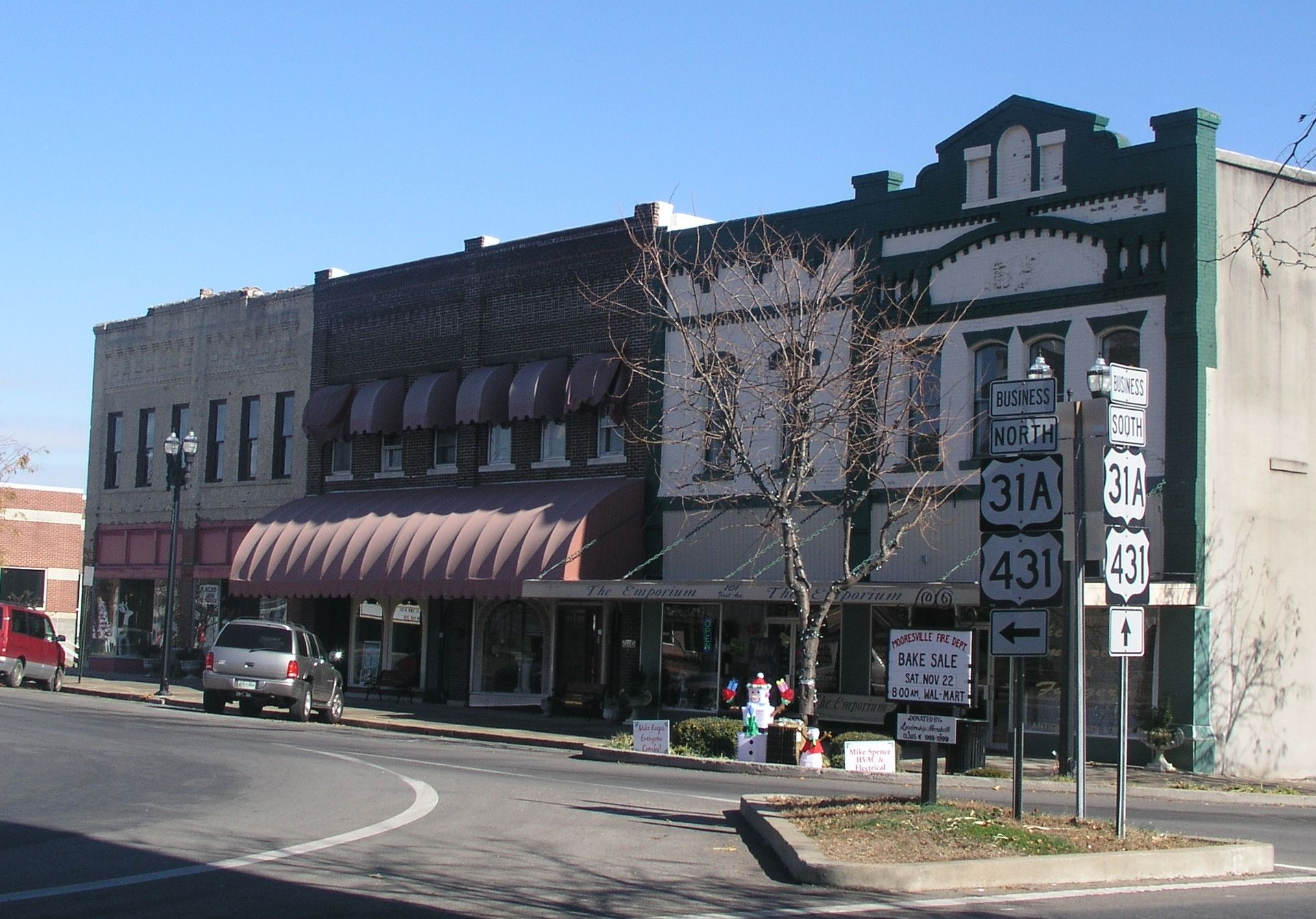 Lewisburg_Tennessee_square