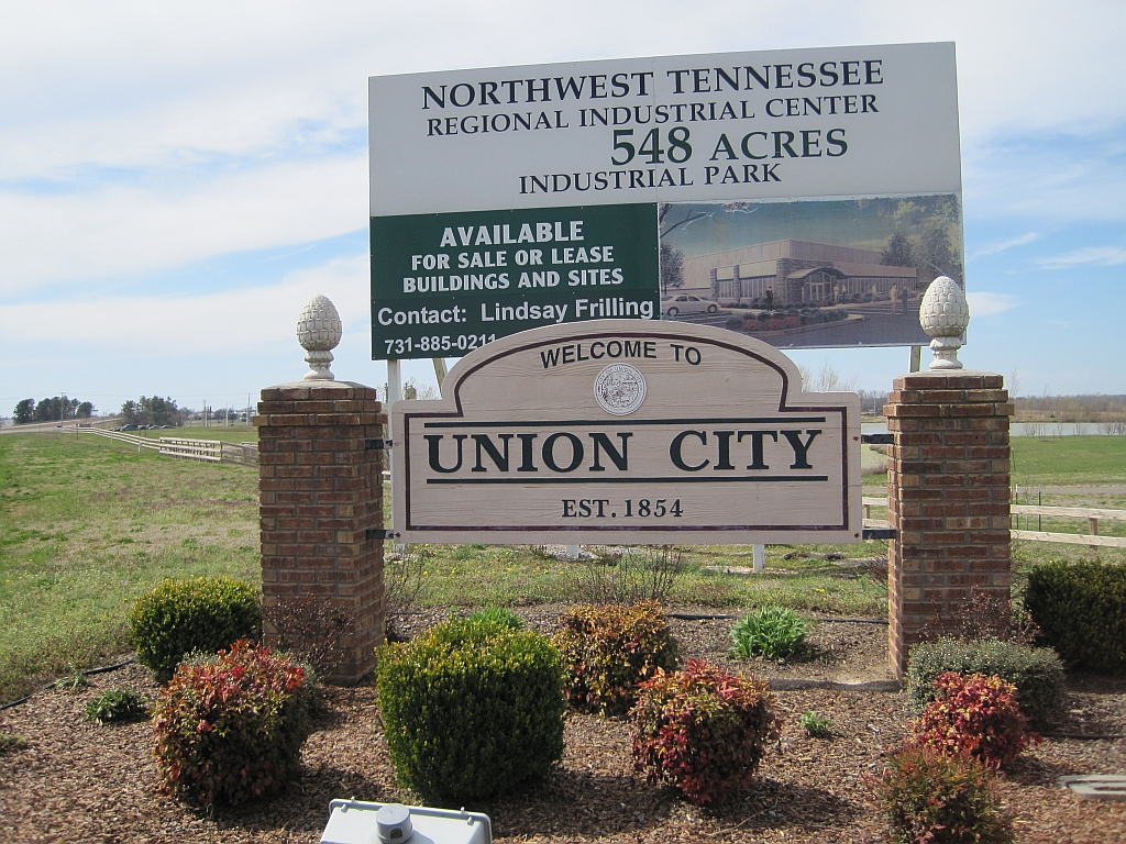 Union_City_TN_2013-04-06_002