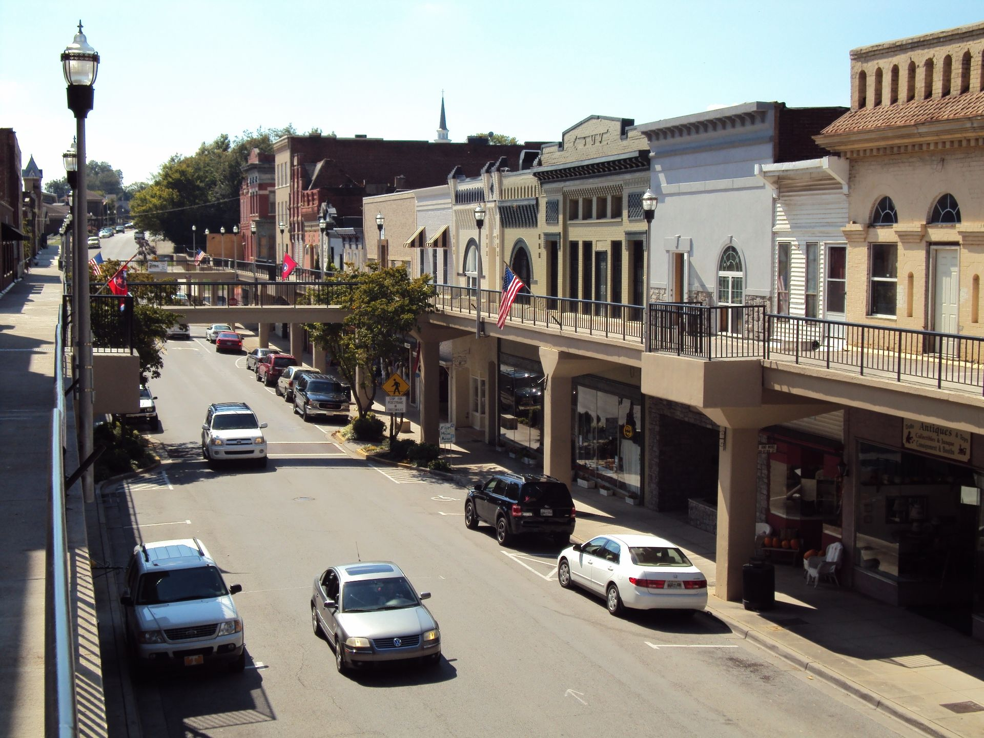 Downtown_Morristown_Tennessee_Overhead_Sidewalks