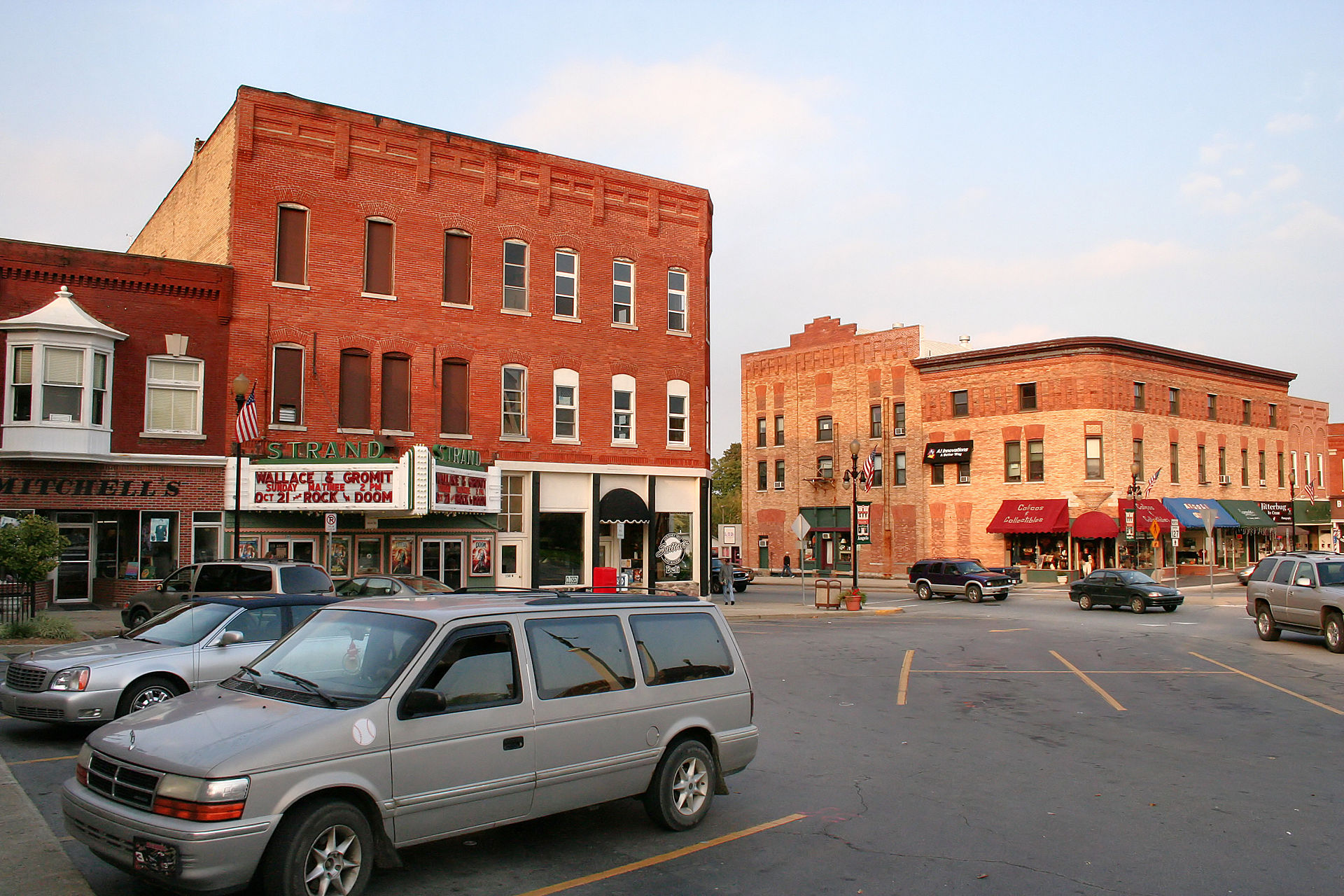 Angola-indiana-downtown-theater
