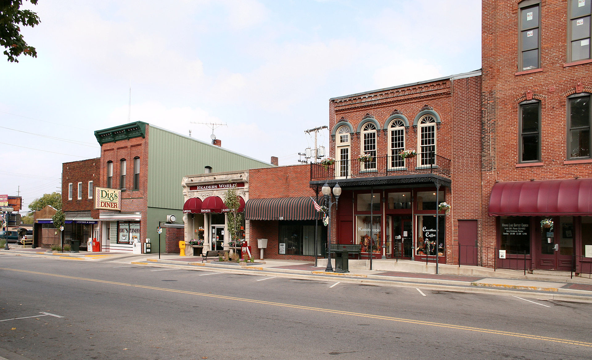 Warsaw-indiana-downtown