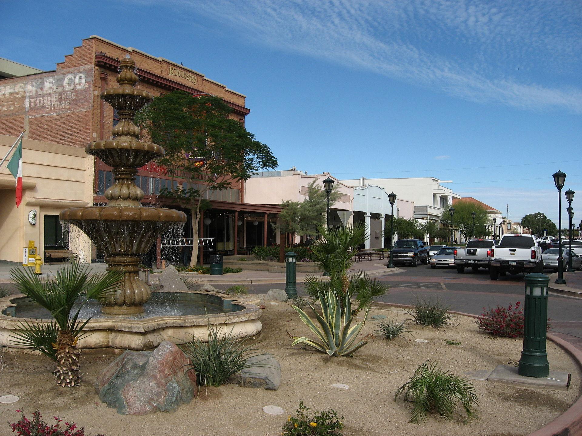 Downtown_Yuma_Arizona_(3)