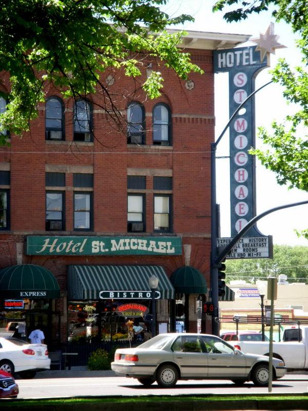 Hotel_St._Michael