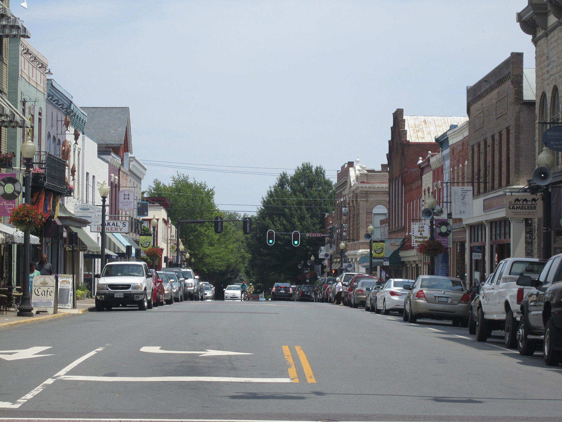 Another_view_of_downtown_Culpeper,_VA_IMG_4309